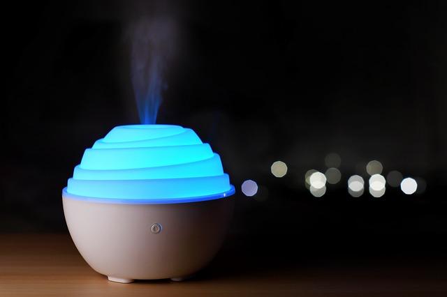 dyfuzor zapachowy, dyfuzor olejków eterycznych, dyfuzor elektryczny nawilżacz powietrza