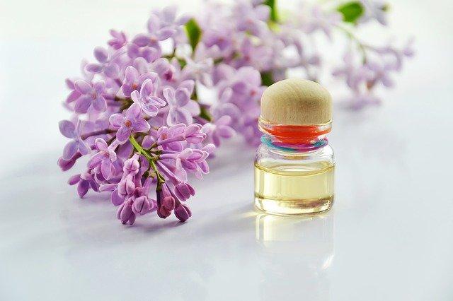 olejek eteryczny, olejek eteryczny gdzie kupić, olejek eteryczny co to jest, olejek zapachowy